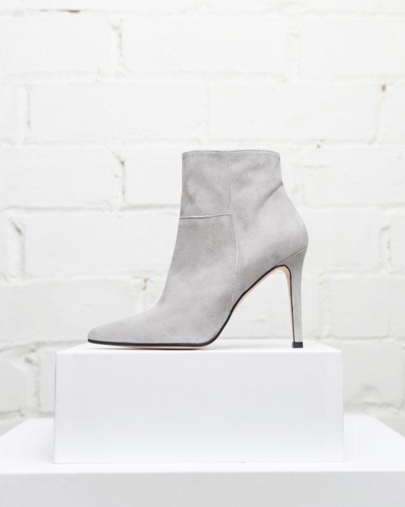 botines mujer modelo Mila colección Maria Albertin. botines de piel color gris online