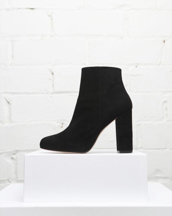 Botín mujer de piel colección Maria Albertin. Zapatos y botines online de piel hechos en España.